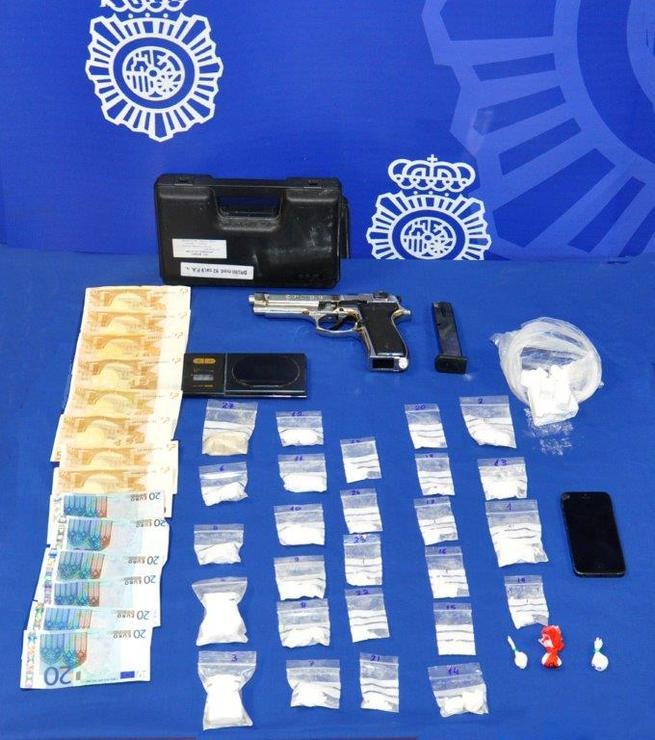 Imagen: La Policía Nacional desarticula un grupo criminal dedicado a la distribución de cocaína a nivel nacional