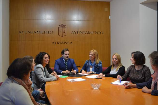 imagen de AMEPAP mantuvo una reunión con su homóloga en Almansa para dar un impulso a la asociación almanseña