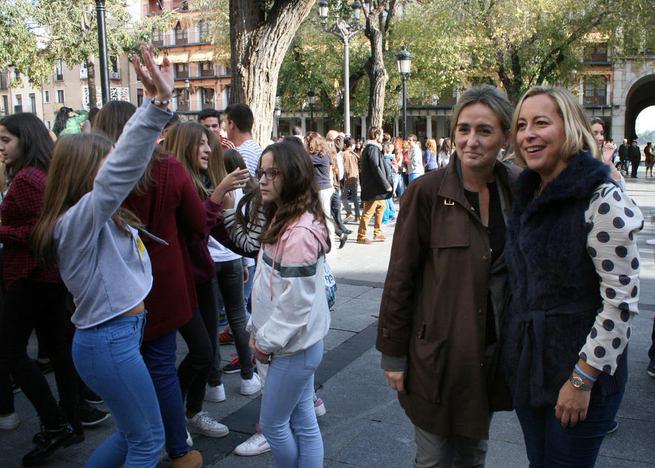 Imagen: La jornada de sensibilización musical se plasma en Toledo con una sorprendente coreografía en plena plaza de Zocodover
