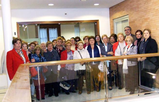 """Imagen: La Asociación de Mujeres """"La Vega"""" visita la nueva sede de la RABACHT"""