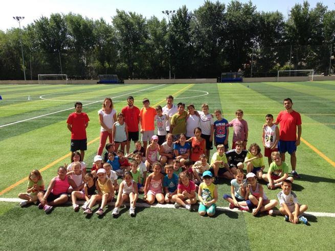 imagen de 230 personas se han inscrito en alguna de las múltiples actividades de la escuela municipal de deportes