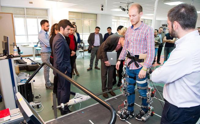 Imagen: El Hospital Nacional de Parapléjicos, volcado en la investigación de tecnologías emergentes para el desarrollo de exoesqueletos