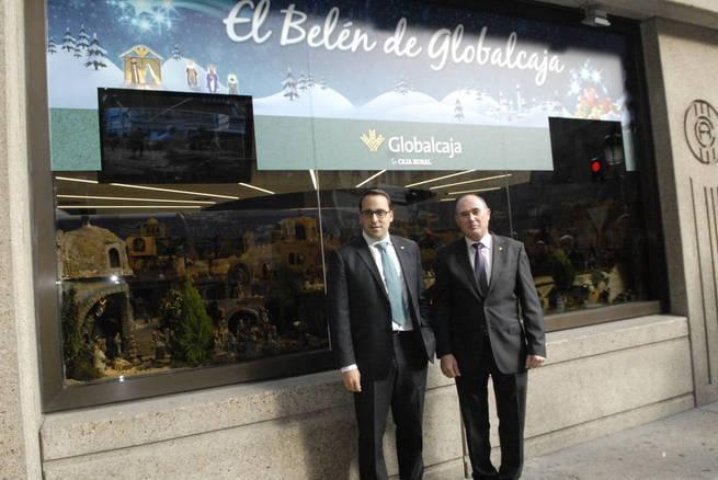 Imagen: Pedro Palacios inaugura el tradicional Belén de Navidad de Globalcaja en Albacete