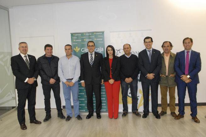 Imagen: Firmado el convenio entre Globalcaja y la Lonja agropecuaria de Toledo