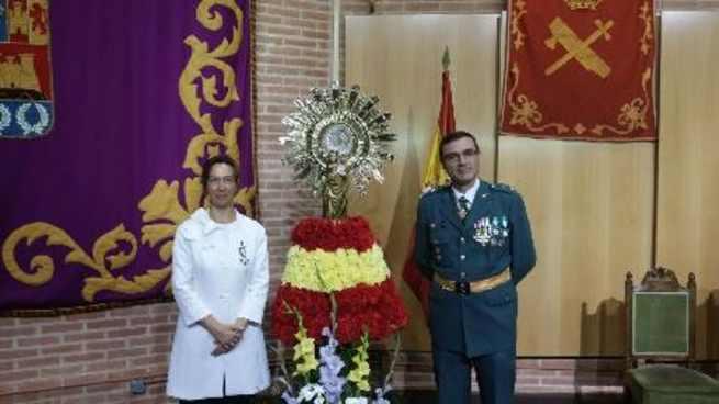 imagen de La presidenta de la Diputación recibe la Cruz de la Orden del Mérito del Cuerpo de la Guardia Civil con Distintivo Blanco