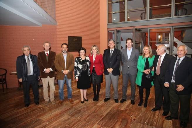 """Imagen: La alcaldesa agradece el """"compromiso con Toledo y con el bienestar colectivo""""  de los galardonados en los Recaredo Rey"""