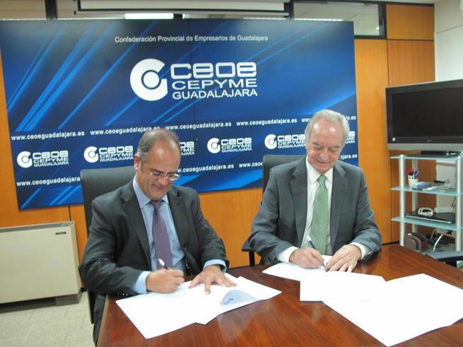 Imagen: GAS NATURAL Castilla-La Mancha  y CEOE-CEPYME Guadalajara renuevan un año más su colaboración