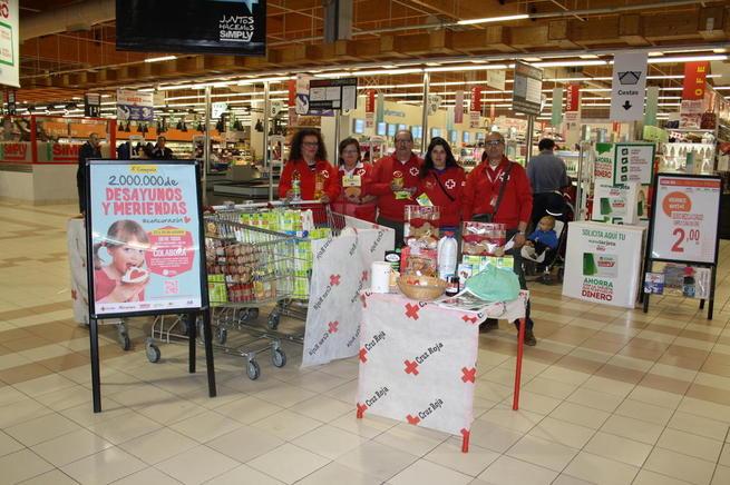Imagen: Las Asambleas de Cruz Roja de Valdepeñas y Villanueva de los Infantes se suman a la campaña Desayunos y Meriendas #ConCorazón