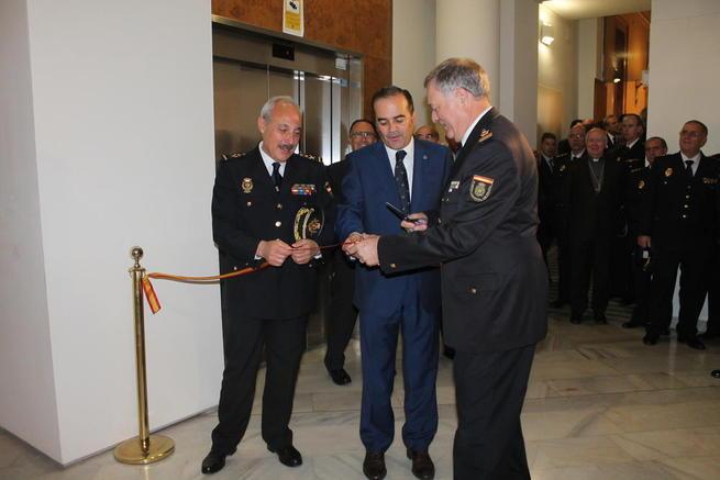 """Imagen: """"Es el mejor homenaje que podemos hacerle a la Policía Nacional, por su trabajo clave en la derrota de ETA"""""""