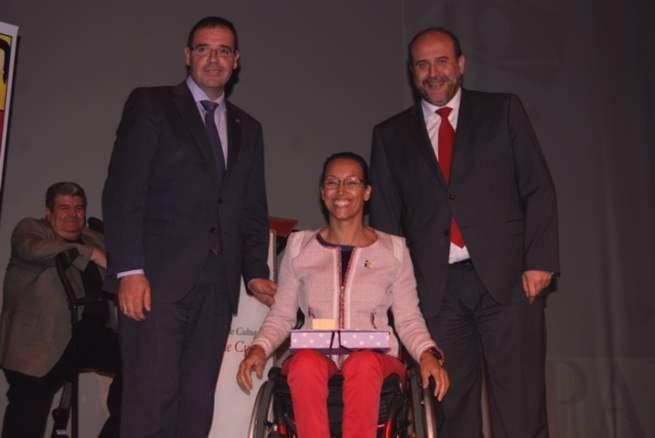 """Imagen: El Gobierno regional """"hará las modificaciones oportunas"""" para garantizar la tutela jurídica preferente para discapacitados cuando sus padres no estén"""