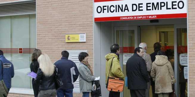 Imagen: El paro solo sube en Extremadura y en Castilla-La Mancha baja el 0,04 %
