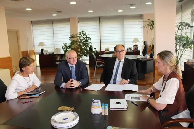 imagen de Casero y OPA analizan la situación de los autónomos en Castilla-La Mancha
