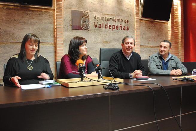 imagen de Valdepeñas acoge este fin de semana su II Feria de Antigüedades y Coleccionismo