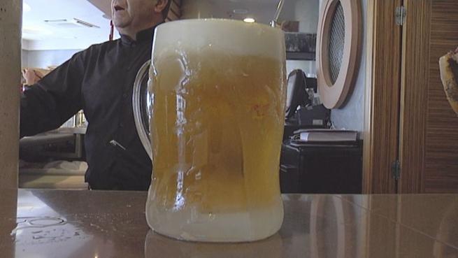 Imagen: Cerveza y tinto de verano, las bebidas favoritas de los castellanomanchegos en verano