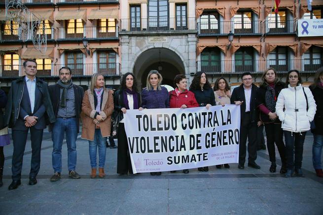 """Imagen: La ciudad de Toledo a las víctimas de la violencia machista: """"No sufráis, aquí estamos para ayudaros"""""""