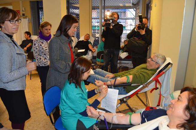 Imagen: La alcaldesa de Ciudad Real hace un llamamiento  a los ciudadanos a donar sangre
