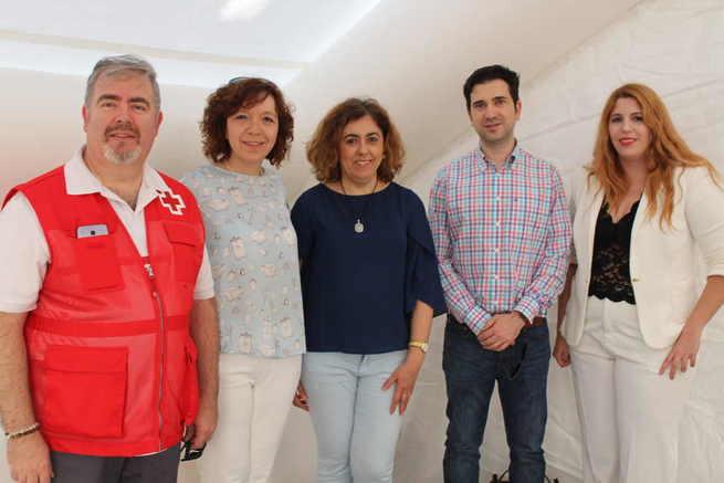 Cruz Roja de Alcázar de San Juan conmemora el Día Mundial de la organización mostrando su actividad en la calle