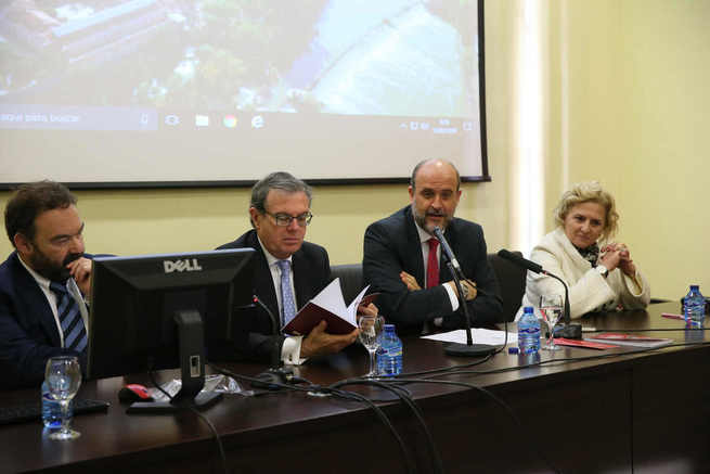 El vicepresidente primero del Gobierno de Castilla-La Mancha propone la elaboración de una Ley del Estatuto del Alto Cargo en la Administración regional