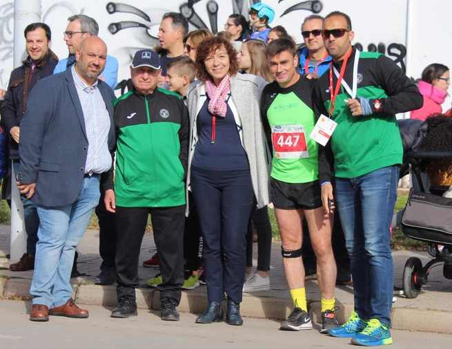 "La tradicional carrera de El Porvenir ""Cirilo Ramiro"" en Alcázar de San Juan convocó a 1.300 deportistas"