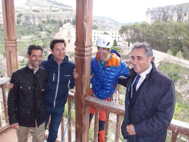 El concejal de Deportes de Cuenca transmite su apoyo al alpinista Pedro Cifuentes por su participación en un rescate en el Fitz Roy