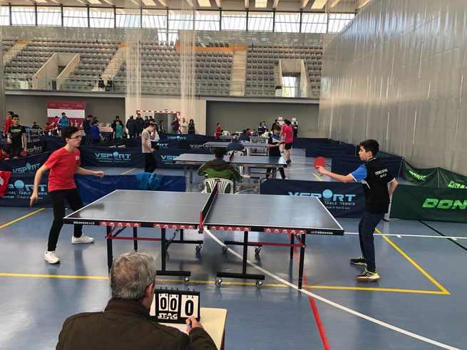 Alcázar de San Juan celebra las finales del Campeonato provincial de Tenis de Mesa