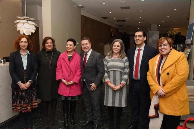 La Junta organiza el I Encuentro de Mujeres Empresarias y Emprendedoras donde se han dado cita casi 200 participantes