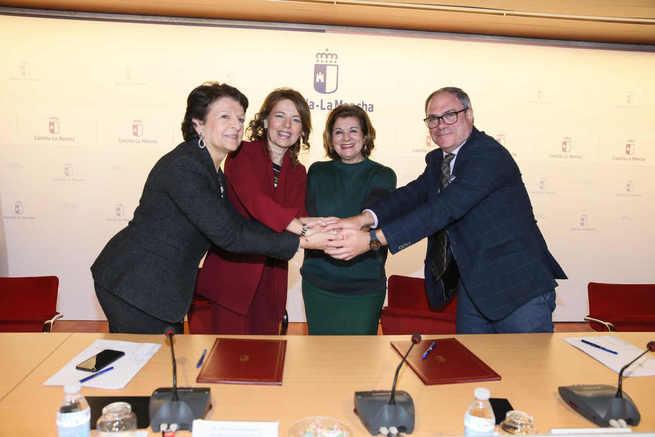 Castilla-La Mancha firma un convenio de colaboración con RTVCM para consolidar una televisión autonómica accesible