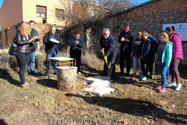El Gobierno de Castilla-La Mancha destinará más de 240.500 euros a la construcción del nuevo gimnasio escolar del CRA 'Miguel Delibes' de Mariana