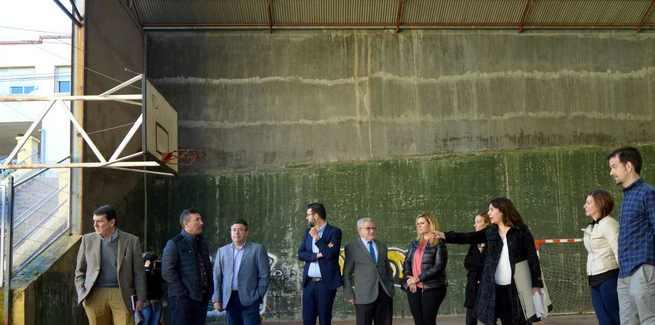 La Junta invertirá 303.633 euros en la reforma del frontón del CP 'Federico Muelas' de Cuenca, una obra que se iniciará en este mes de Marzo