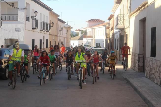 imagen de Un centenar de cicloturistas tomaron parte en el Día de la Bicicleta de El Toboso