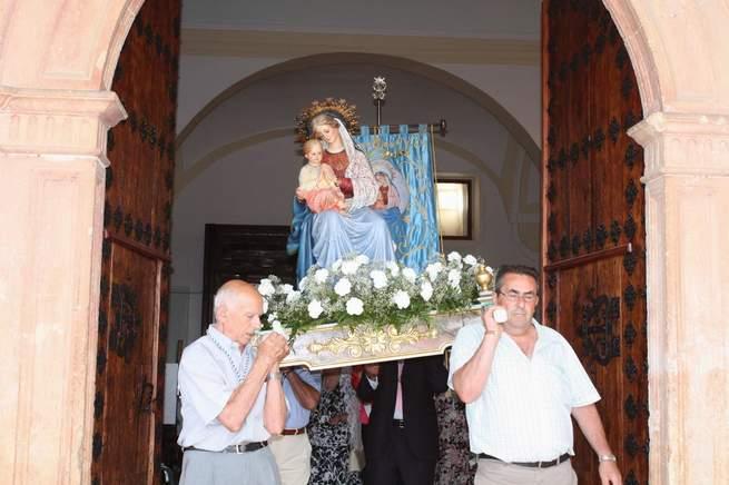 imagen de Quer vivió sus fiestas de la Virgen de la Blanca con devoción y una fiesta del agua