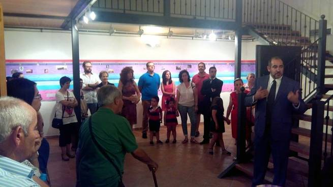 imagen de La exposición que recorre la historia de Herencia despierta la curiosidad del público en su inauguración