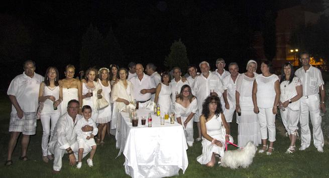 """Miembros de la asociación """"Los amigos del baile"""""""