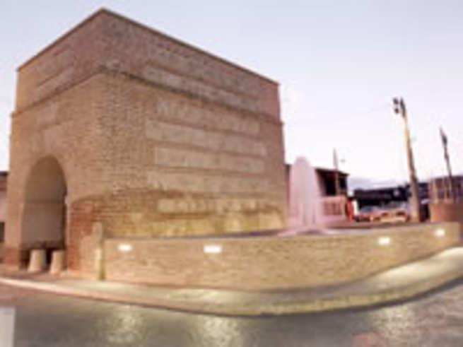 imagen de Unión Fenosa realiza trabajos de mejora en el Casco Histórico de la localidad