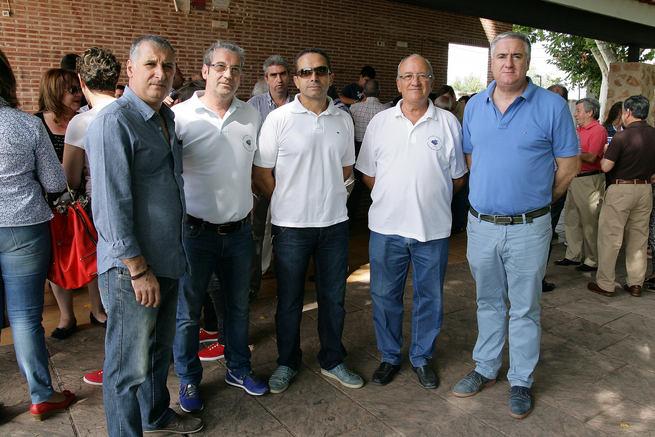 imagen de Alcalde y presidente del club taurino 'Almodóvar' hacen gala del buen entendimiento que rige en las relaciones entre ambas entidades esta legislatura