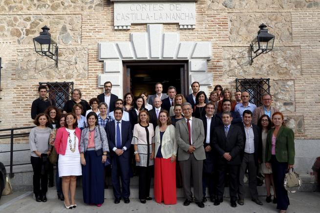 imagen de Las Cortes regionales han aprobado la ley de Protección Social y Jurídica de la Infancia y la Adolescencia