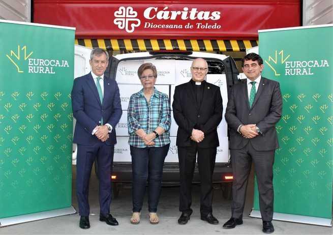 Eurocaja Rural dona 2.000 kilos de alimentos a Cáritas procedentes de su 'Desafío'