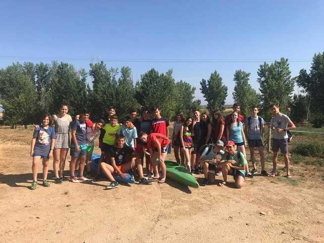 El Campamento Urbano de Torrijos despliega una completa agenda de actividades para jóvenes de 12 a 18 años