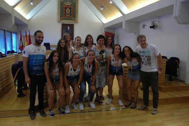 Las chicas del Juvenil Balomano Playa de Ciudad Real vuelven a la ciudad como subcampeonas de España
