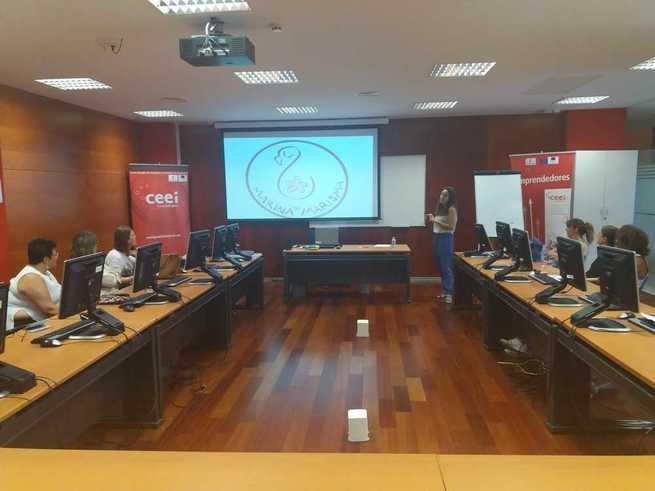 Alumnos del curso de actividades de venta organizado por CEOE-CEPYME Guadalajara visitan el CEEI alcarreño