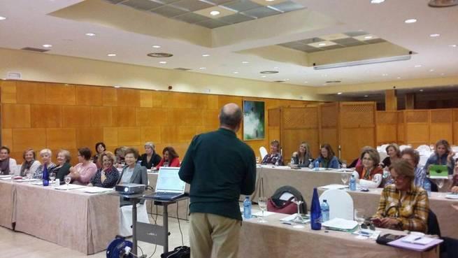 Imagen: La Junta Provincial de la Asociación Española Contra el  Cáncer ha celebrado una jornada dedicada a la actualización y enriquecimiento