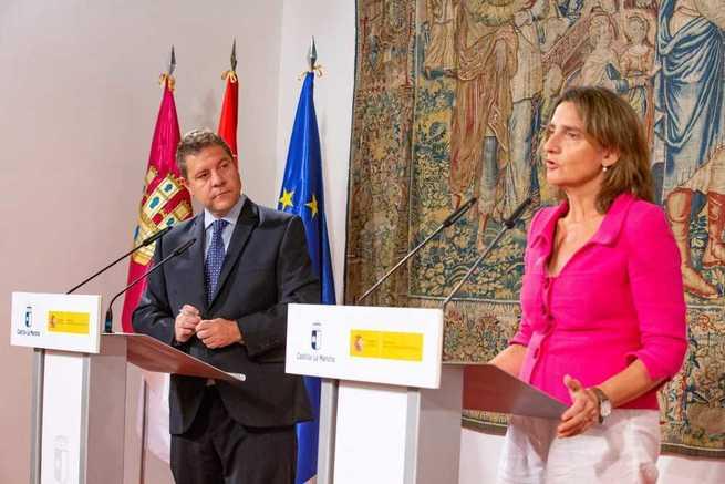 Gobierno regional y central acuerdan financiar el abastecimiento de los municipios ribereños, su representación en la Comisión de Explotación del trasvase y la creación de una comisión bilateral
