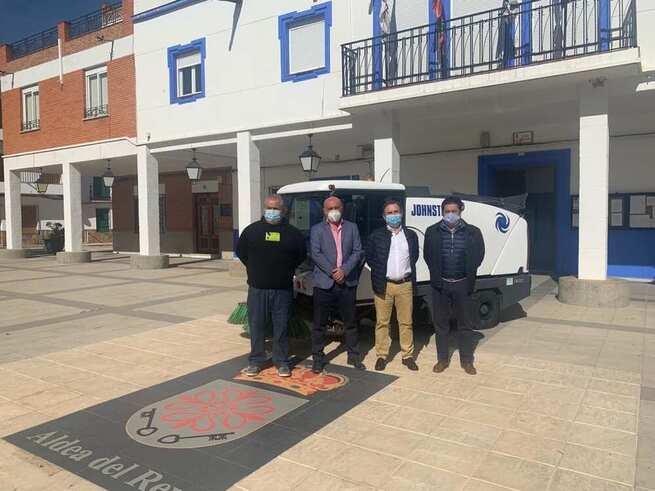 El Ayuntamiento de Aldea del Rey adquiere una barredora para una mayor y mejor limpieza viaria