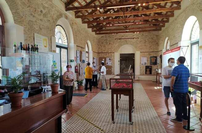 La exposición 'Biodiversidad doméstica. Compañeros de piso' podrá visitarse en Villarrubia de los Ojos hasta el 28 de agosto