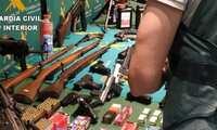 La Guardia Civil interviene más de 60 armas de fuego de una red de tráfico de armas para el crimen organizado