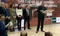 """Jesús Martín afirma en FITUR que las cuevas """"le han dado contenido e identidad a Valdepeñas"""""""