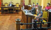 El pleno de Valdepeñas aprueba una comisión de reconocimientos COVID-19 y el alcalde hace un llamamiento a la hostelería
