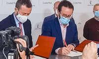 Firmado el convenio que dotará de contenidos el Centro de Interpretación del Valle de Alcudia