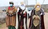 Los Reyes Magos recorren todas las calles de Alcázar en una larga jornada de ilusión y regalos
