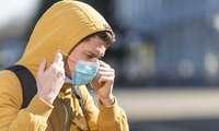 El Gobierno de Castilla-La Mancha asevera que continúa vigente la eliminación del uso de la mascarilla en la vía pública y espacios al aire libre